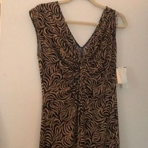 Sleeveless dress With plunging neckline Size 12